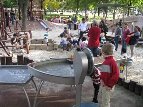 Cambridge Common  Water play